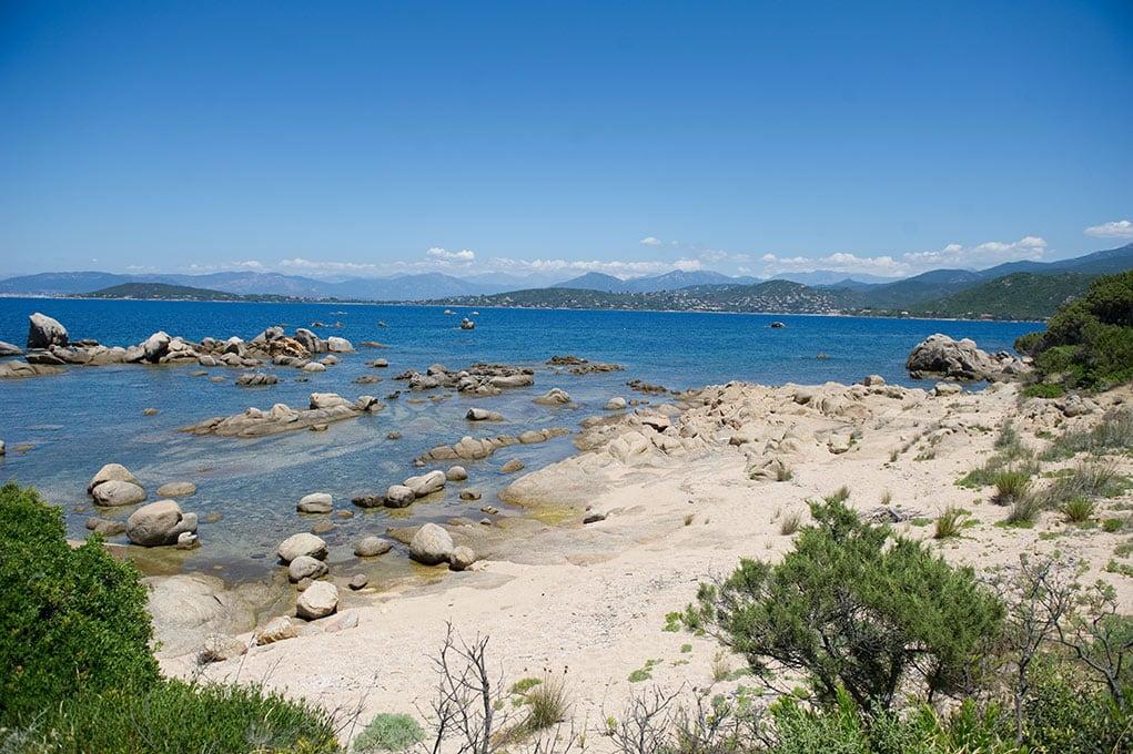 Se marier dans un domaine luxueux de bord de mer en Corse - Getting married in a luxurious seaside estate in Corsica