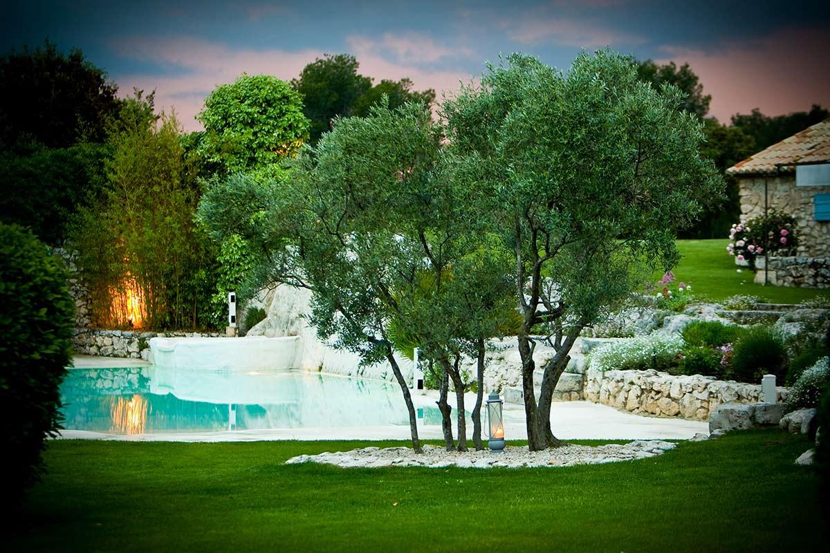 SE MARIER DANS UN DÉCOR PROVENÇAL - les jardins