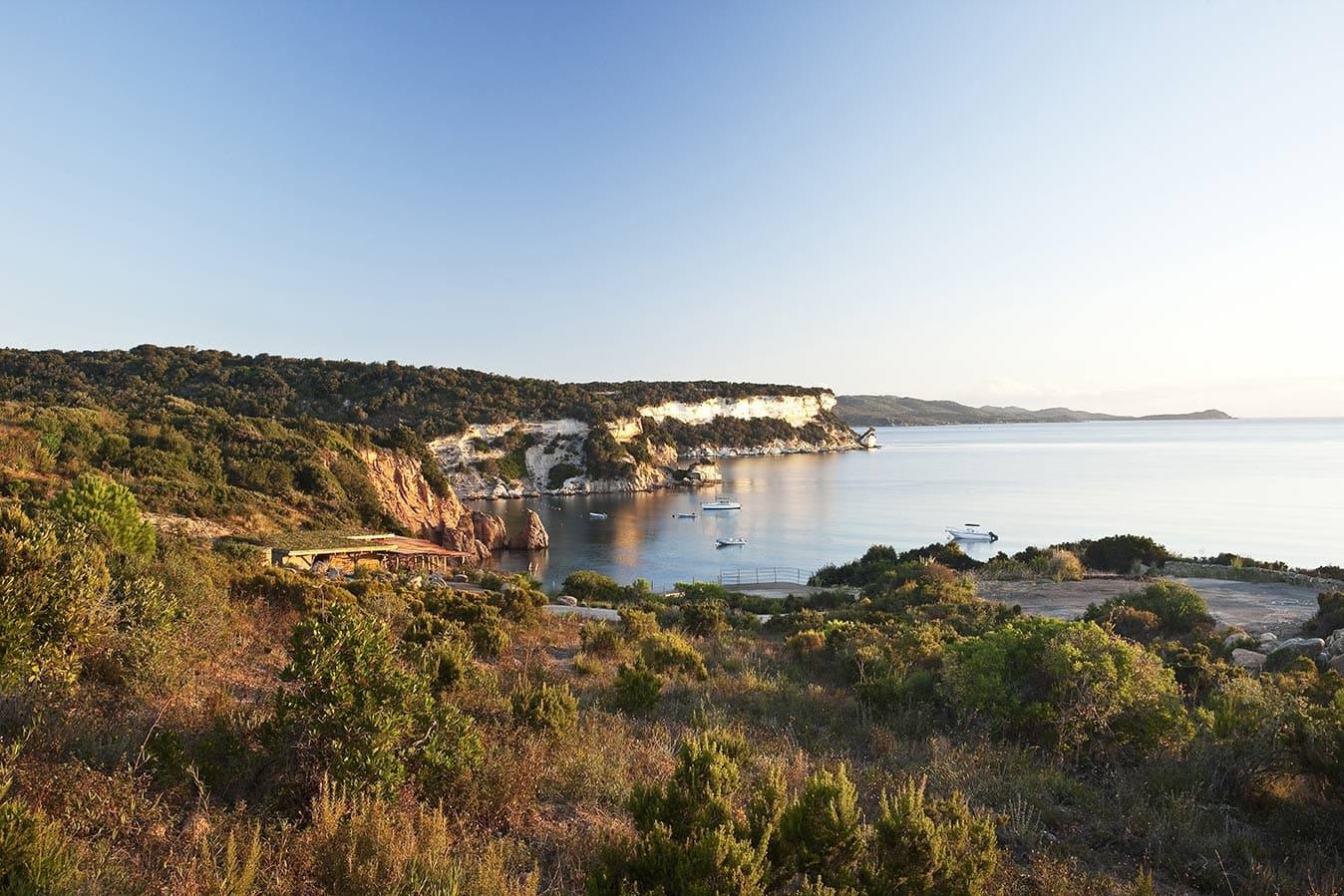 Mariage rustique chic en Corse du Sud - hôtel de luxe dans le maquis