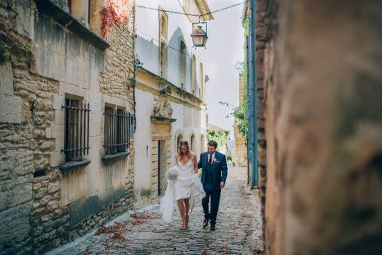 mariage-luberon-ingrid-lepan-photographe-la-mariee-aux-pids-nus-81